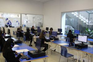 NUESTRAS ALUMNAS DE 3ºESO REALIZAN EL OXFORD TEST OF ENGLISH Colegio Privado